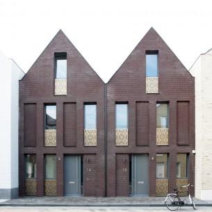 di FRANCESCA SPEZIA  Riannodare le fila del decoro architettonico: un'esperienza olandese.  FD numero 21, mag-giu 2015